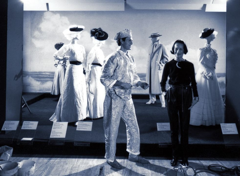 Diana Vreeland & Chas, at The Costume Institue 82'